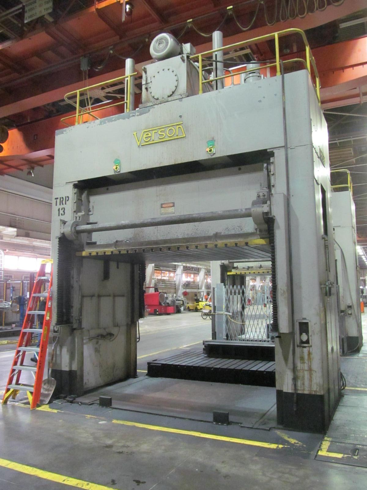 50 Ton Verson D2-50-132-84 DS Hydraulic Spotting Press