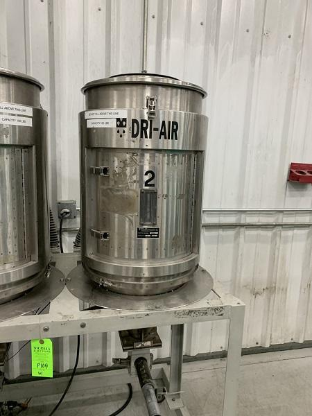 Dri-Air Used H-35/100 PDII Drying System, Two (2) 100 lbs. Hoppers, 480V