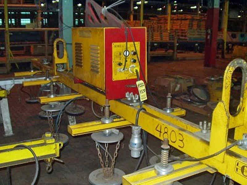 4,000# CMCI/UNIVAC SHEET LIFTER