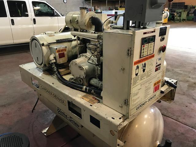 25 Hp Gardner-Denver Tank mount Rotary Screw air compressor