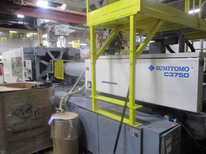 Sumitomo Used SH550A-C3750U Injection Molding Machine, 610 US ton, Yr. 1997, 100 oz.