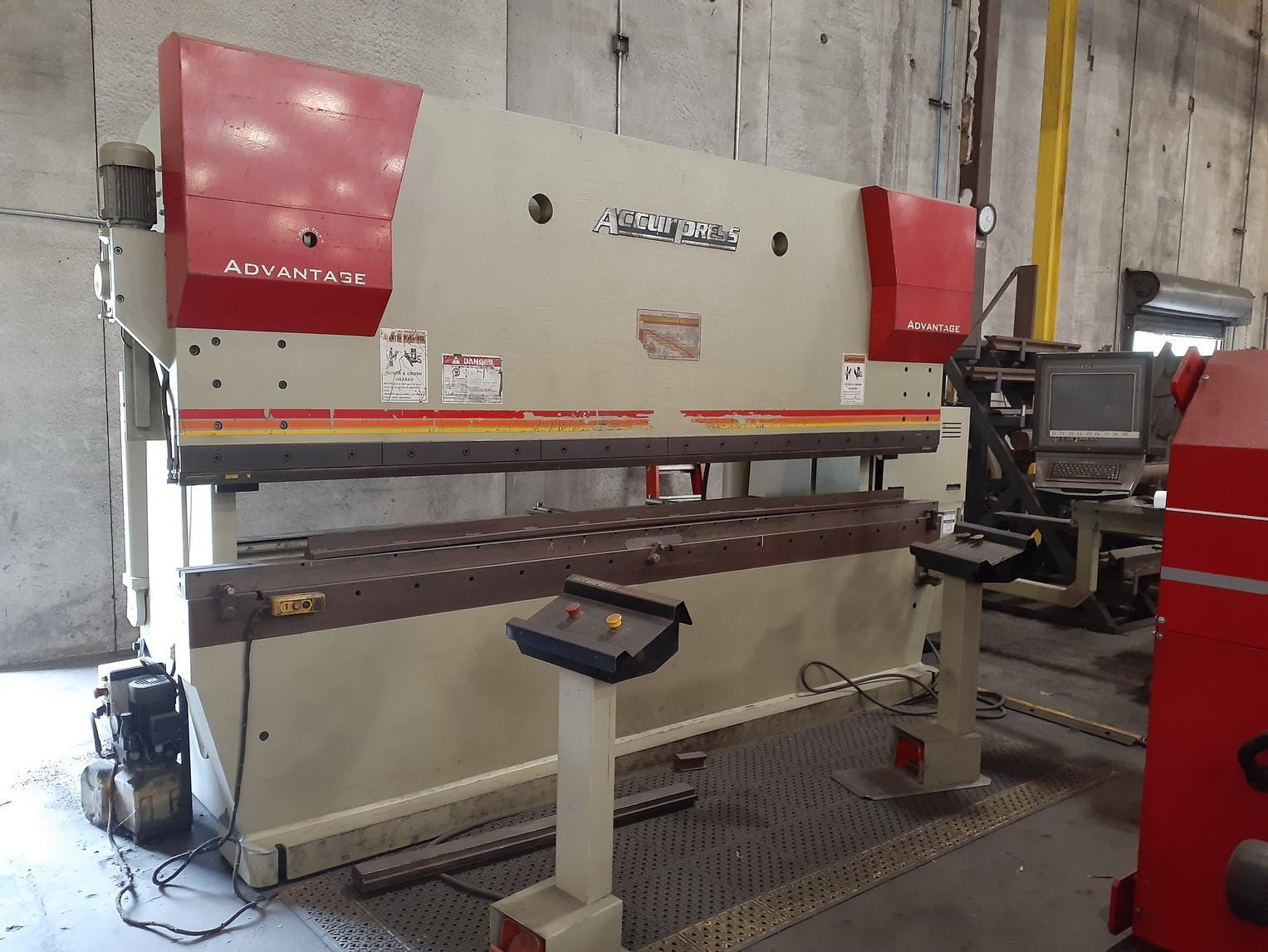 """250 Ton x 144"""" ACCURPRESS 725012 Hydraulic Brake Press, 4 axis Accurpress ETS 3000 CNC Control  Advantage Package Option; ADVANTAGE PACKAGE"""