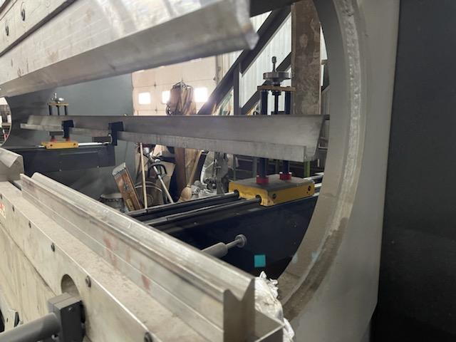 2013 Cincinnati 175BX10, 12' x 175 Ton, 2 Axis CNC Hydraulic Press Brake