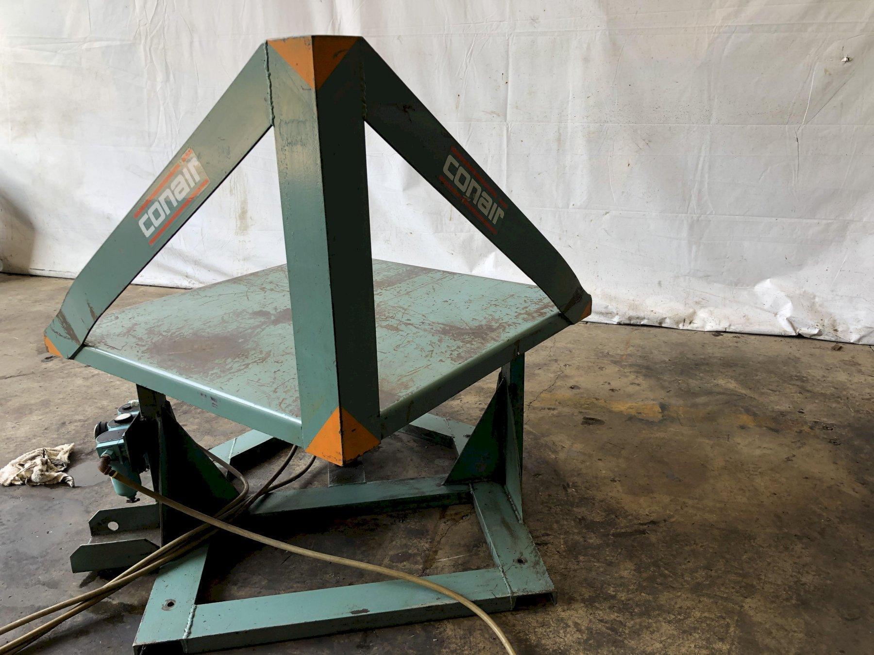 "40"" x 40"" CONAIR MODEL#120004 PNEUMATIC GAYLORD BOX TILTER UPENDER TIPPER: STOCK #13758"