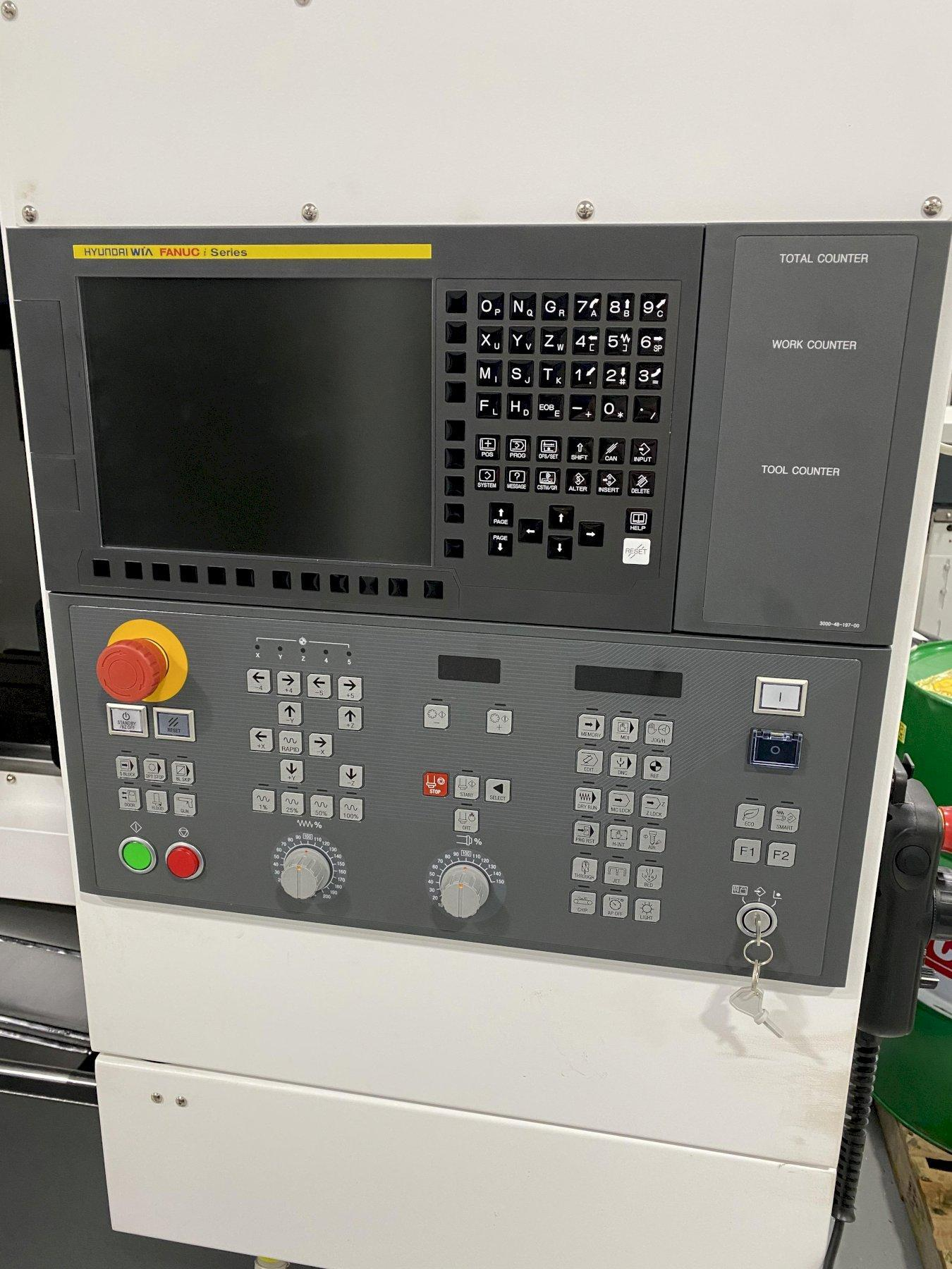 2019 HYUNDAI WIA F400 VERTICAL MACHINING CENTER
