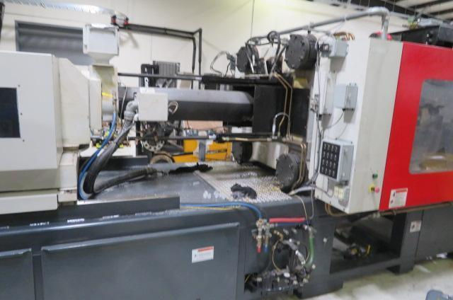 Cincinnati Used NT440 Injection Molding Machine, 440 US ton, Yr. 2007, 21 oz.
