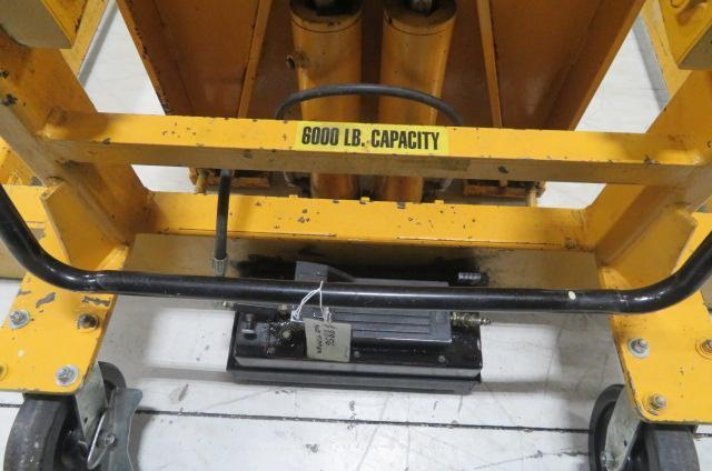 Econo Lift Used Straddle Tilter TRS-60 Pneumatic Mold Tipper, 6000 lbs. Capacity, Yr. 2005