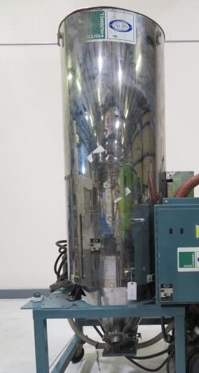 Una-Dyn 800 lb Used Drying Hopper