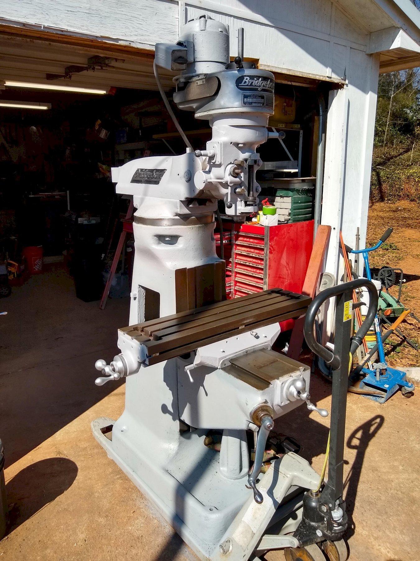 Bridgeport milling machine  9X36in table