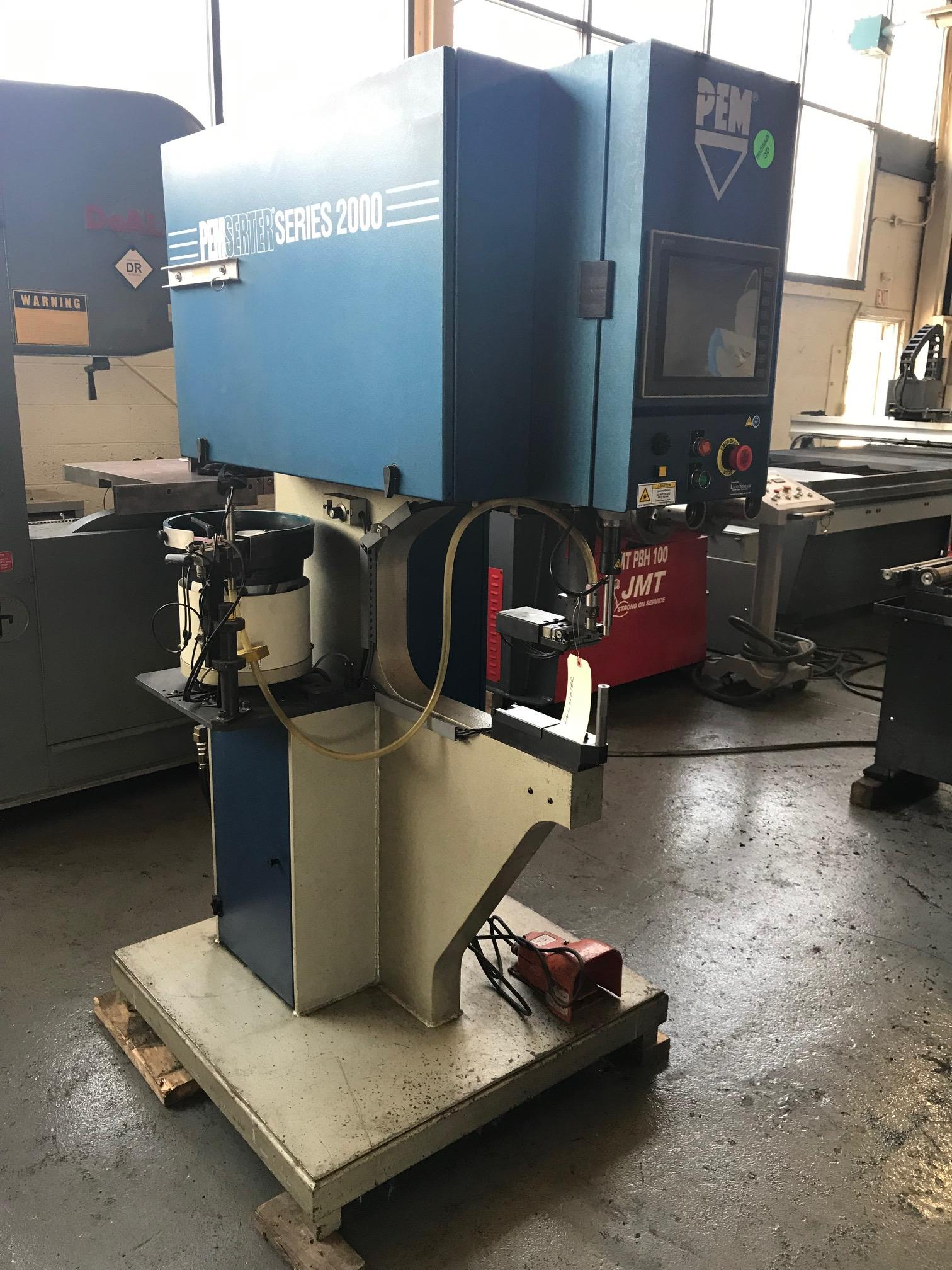USED PEMSERTER SERIES 2000 HYDRAULIC INSERTION PRESS WITH AUTOMATIC BOWL FEEDER, STOCK# 10633, YEAR 2009
