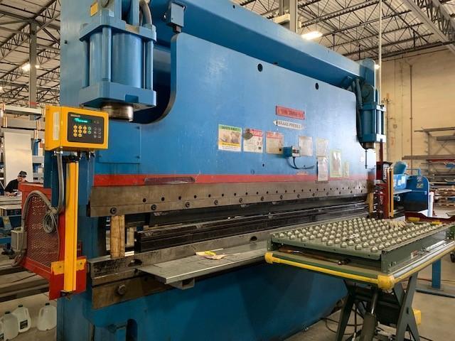 Cincinnati Model 230CB-12 230 Ton CNC Hydraulic Press Brake