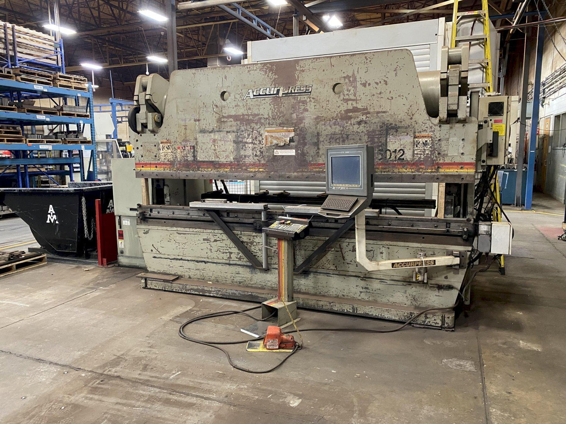 250 TON X 12' ACCURPRESS MODEL #725012 HYDRAULIC PRESS BRAKE. STOCK # 1801020