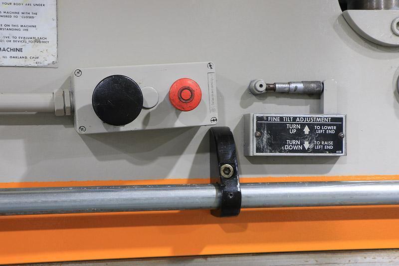 135 Ton x 12 ft Pacific Hydraulic Press Brake Model J135-12