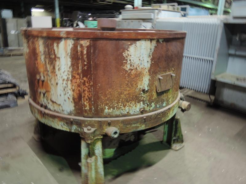 SIMPSON 2UD BATCH MULLER S/N 83221, GEAR BOX MODEL 603845 RATIO: 18.7,