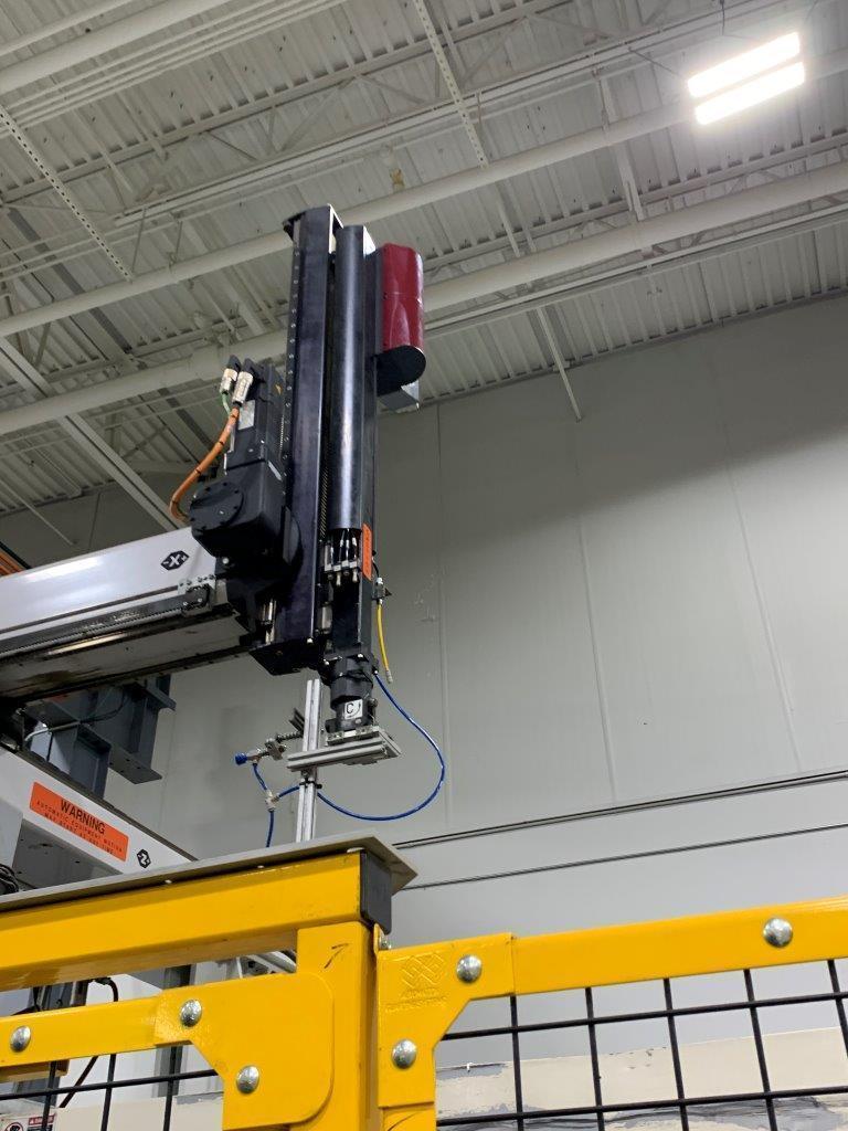 Wittmann Used W733 Full Servo Robot, 500 ton, Yr. 2008