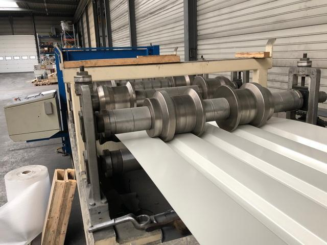 20 Stand Quator Rafted Quick Change Panel Rollforming Line with Stacker