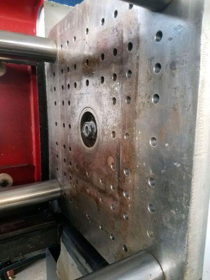 Cincinnati Used V-120 Injection Molding Machine, 120 US ton, Yr. 2000, 4.4oz.