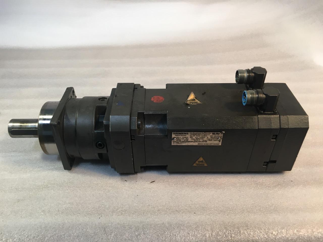 SIEMENS BRUSHLESS SERVO MOTOR, 1FT6082-6AF71-4EG1-Z, 3-Phase,  Permanent-Magnet Synchronous.