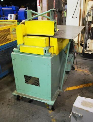 """24"""" Carver Industries #f12 16 A41 Panel Grooving Machine $3,000"""