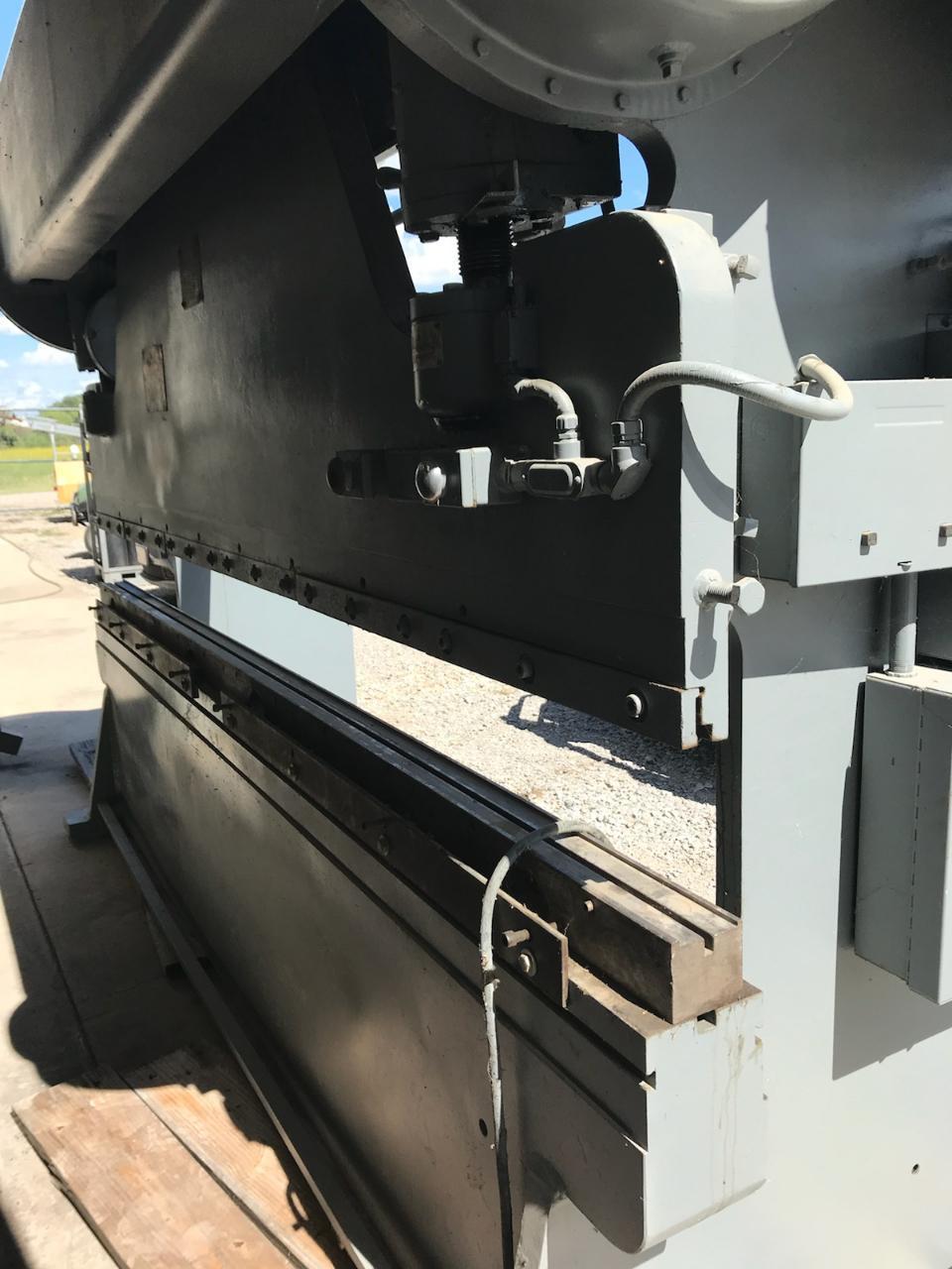 12' x 90 Ton Verson Mechanical Press Brake