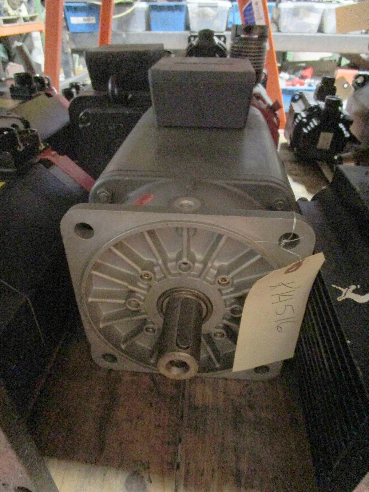 Siemens Servo Motor 1FT5102-0AC01-2-Z Milacron # 1-606-4563. Use only with 6SC610 Drives.
