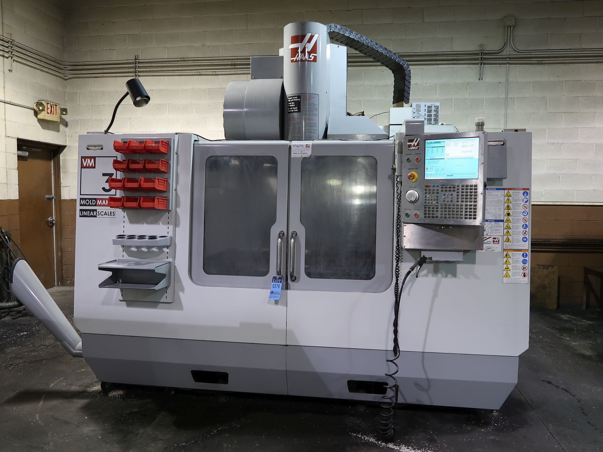 "HAAS VM-3 (MOLD MAKER) CNC VERTICAL MACHINING CENTER, 40""/26""/25"" Travels, 40 Taper, 12K Spindle, 30 Position Side Mount Tool Changer, Scales, Wireless Probing, Auger, (2) Available 2008/2012"