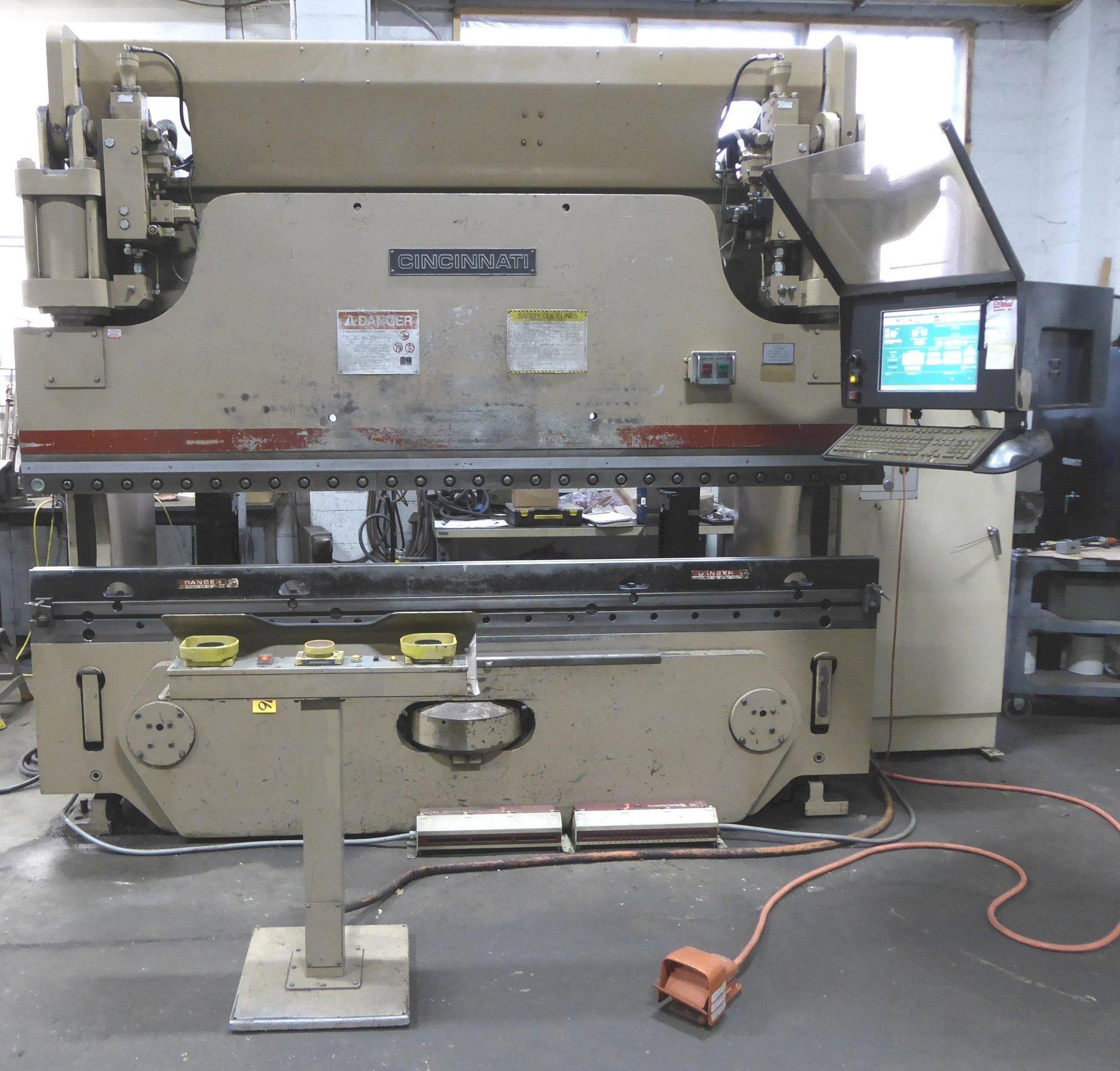 135 Ton Cincinnati CNC Press Brake 135 AF X 8 FT., 10′ O/A, 8'6″ BH, 8″ Stroke Crowning, 6-Axis B.G., 1991, Updated Control 2010
