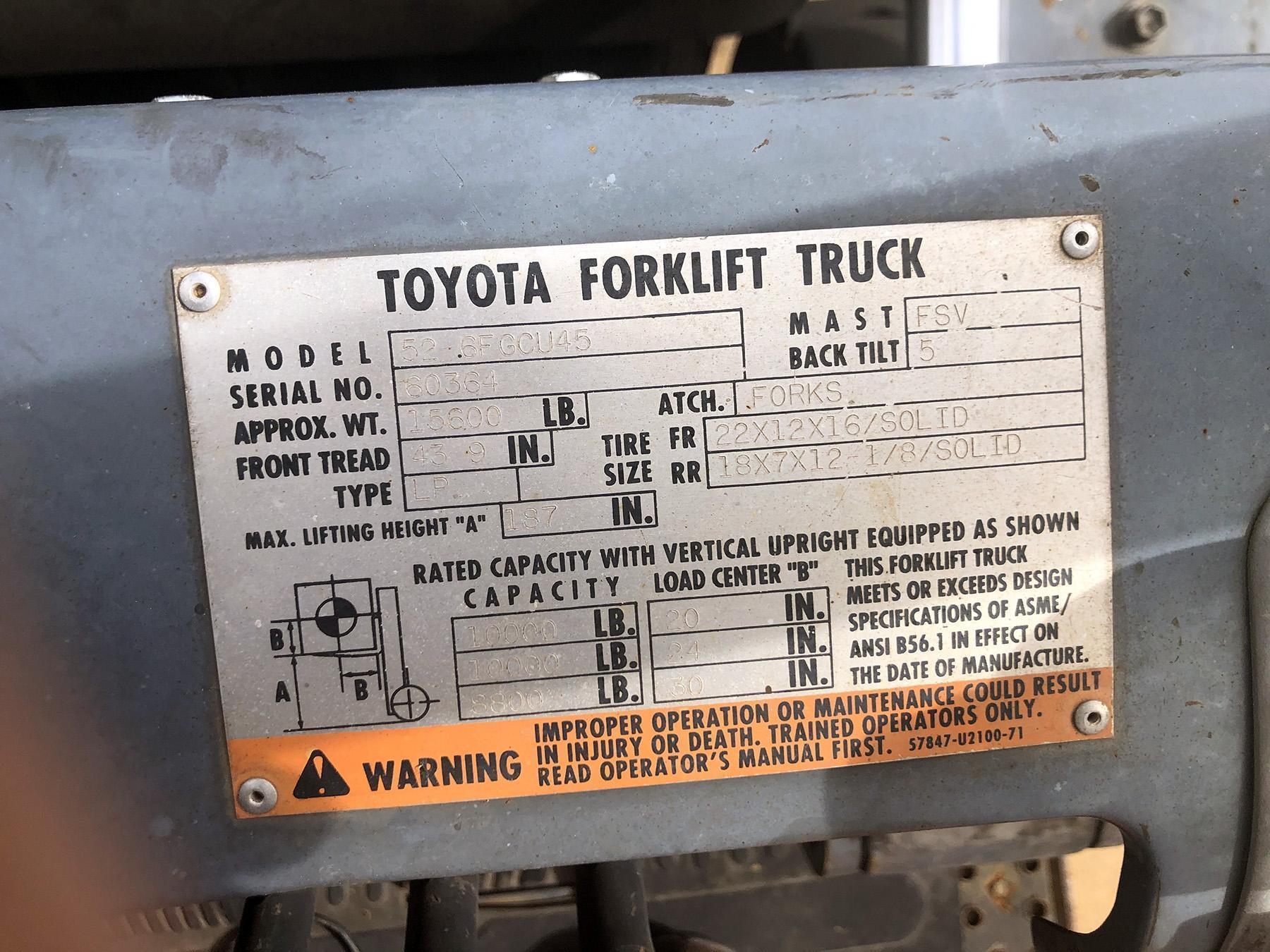 USED, 10,000 LB. TOYOTA MODEL 52.6FGCU45 FORKLIFT