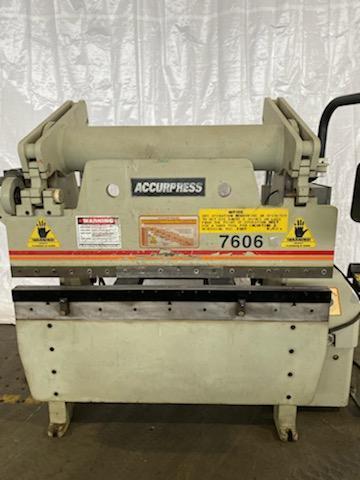 Accurpress 60 Ton x 6' 7606 CNC Hydraulic Press Brake