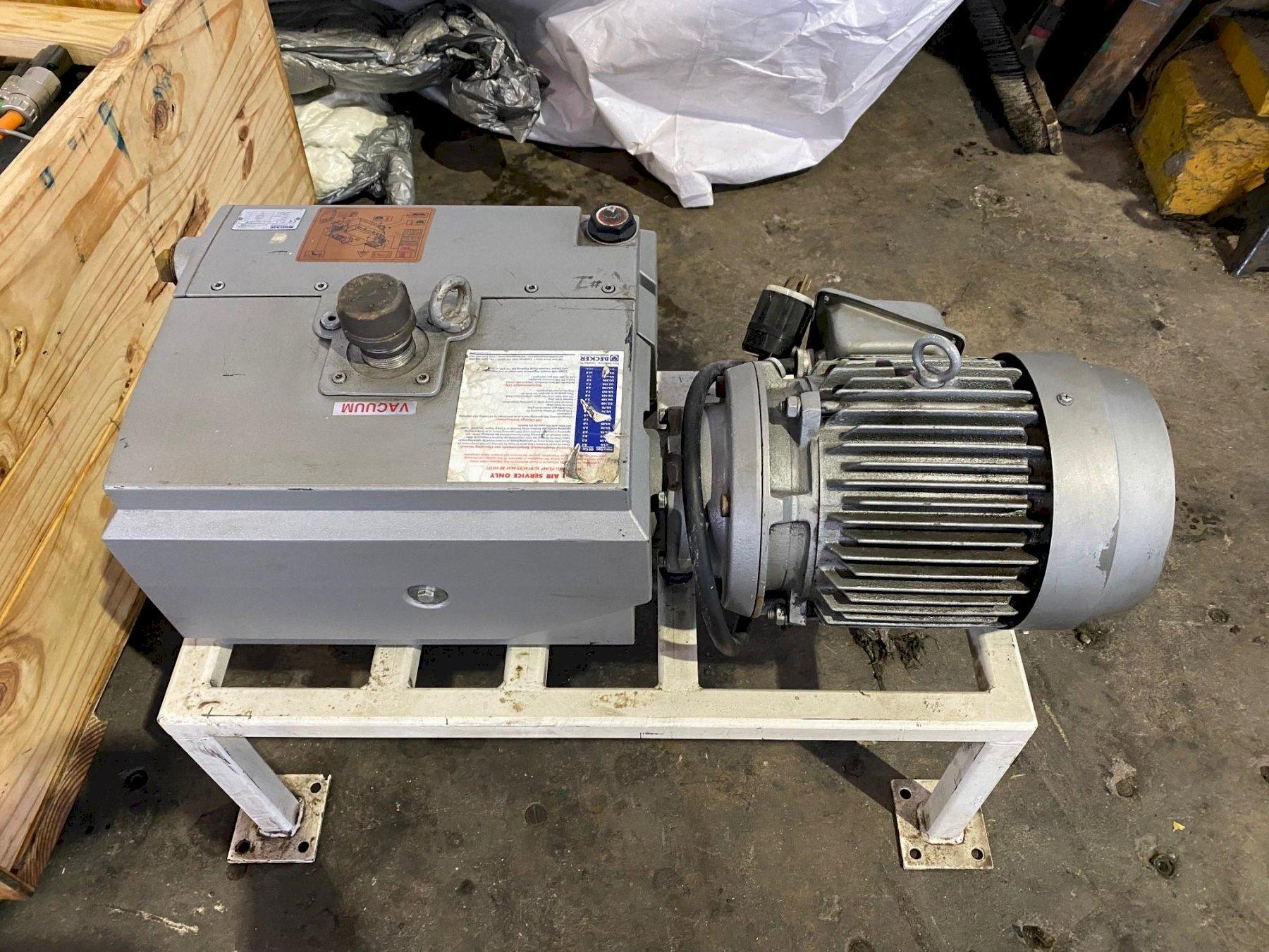 Becker U4100SA/K  Vacuum Pump