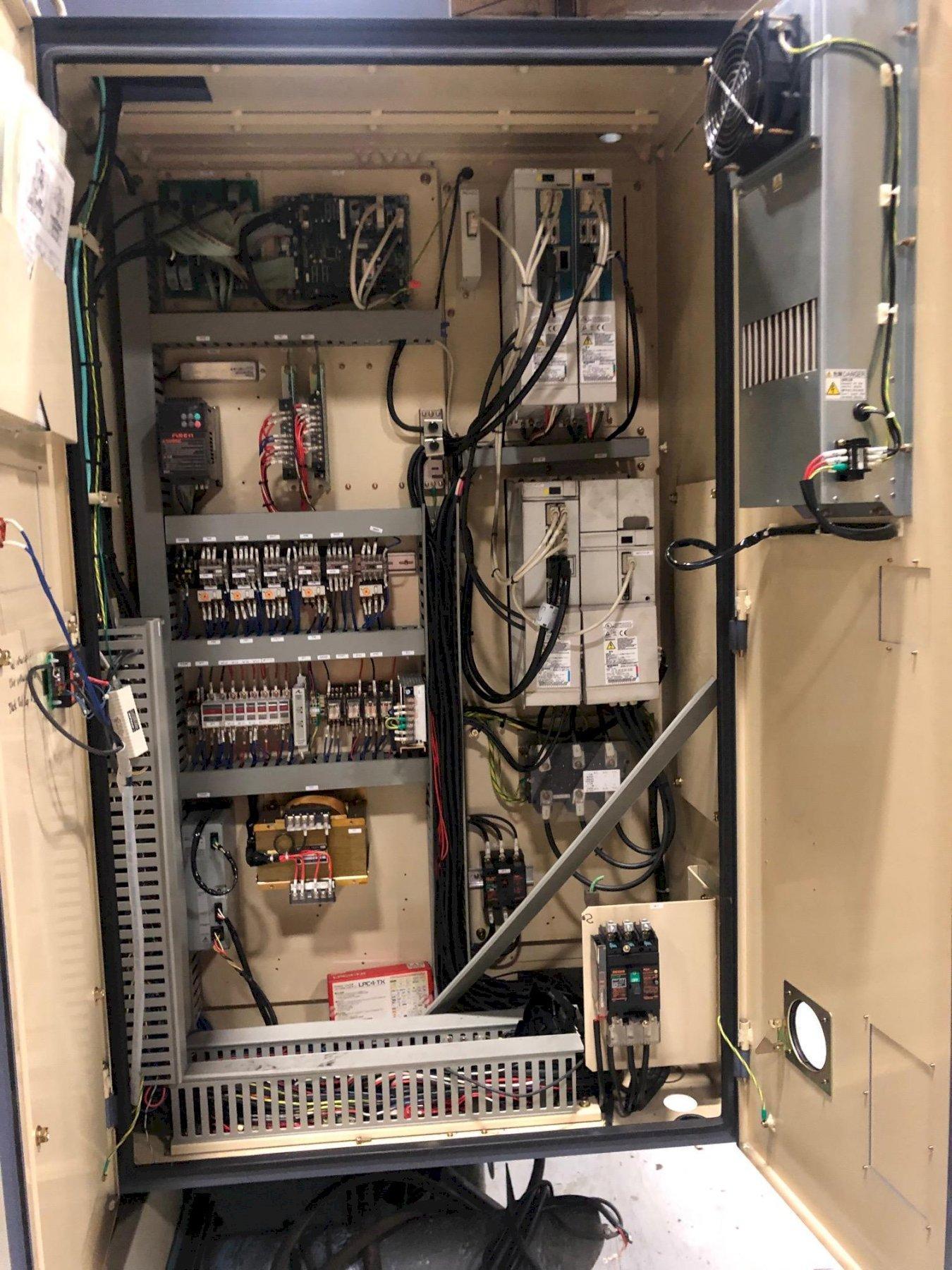 OKK VM5 II CNC Vertical Machining Center (2003)