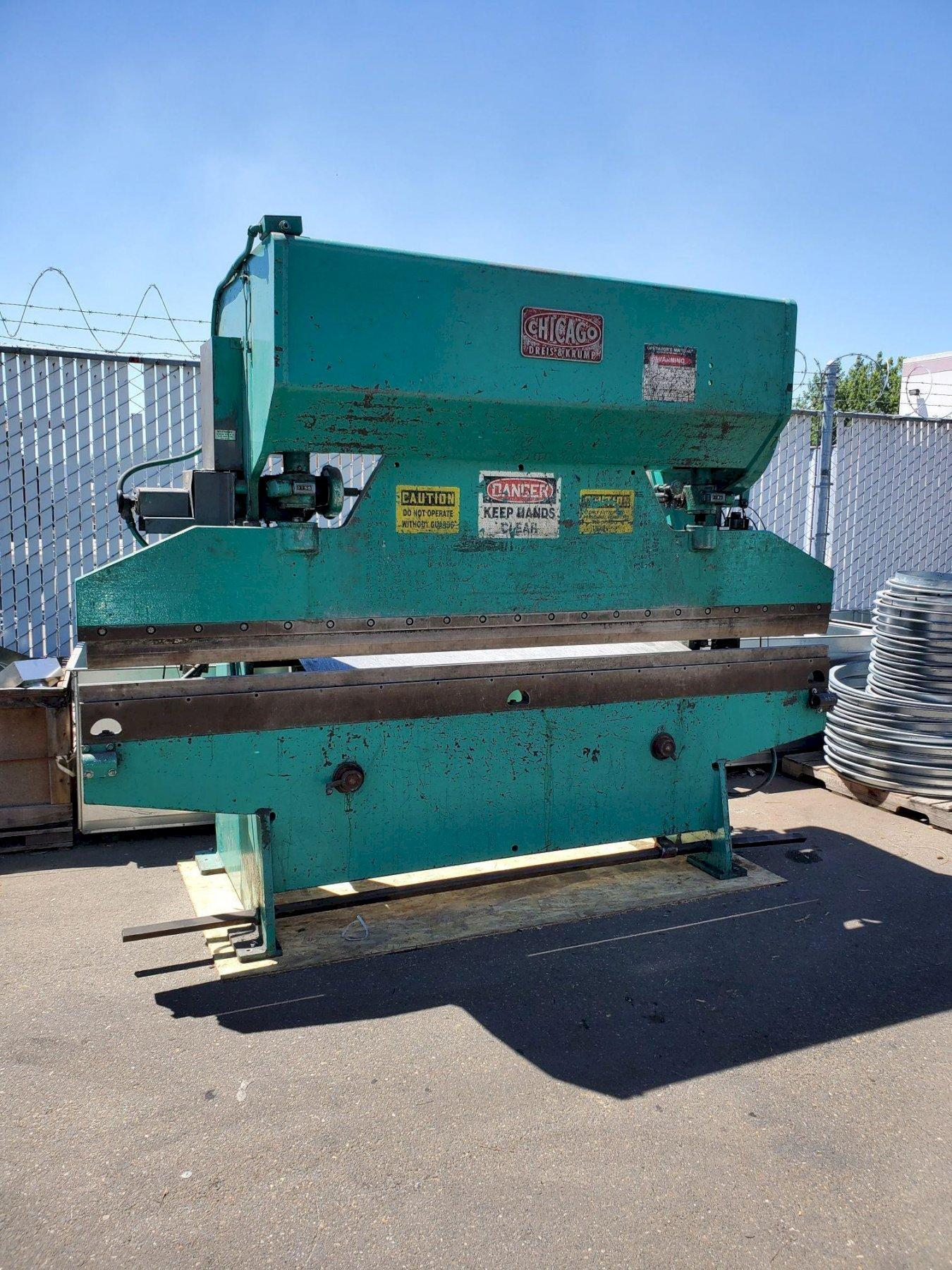 "55 Ton x 10'6"" Chicago 68-B Mechanical Press Brake"