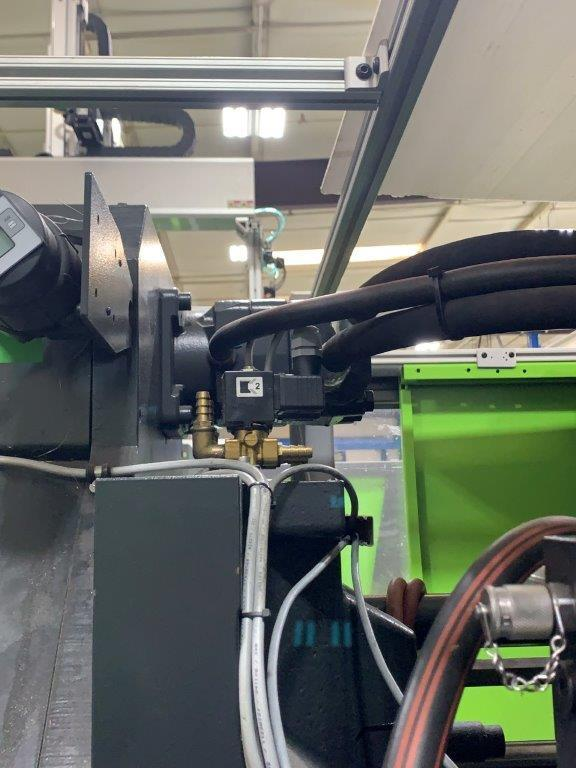 Engel VC 330H / 200L / 160 ton Two Material Molding Machine, 460V,  Yr 2016, 6 oz.