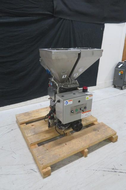 AEC BD 500 Used Gravimetric Blender, Four Component, Approx 500 lb/hr, 110V, Yr. 2012