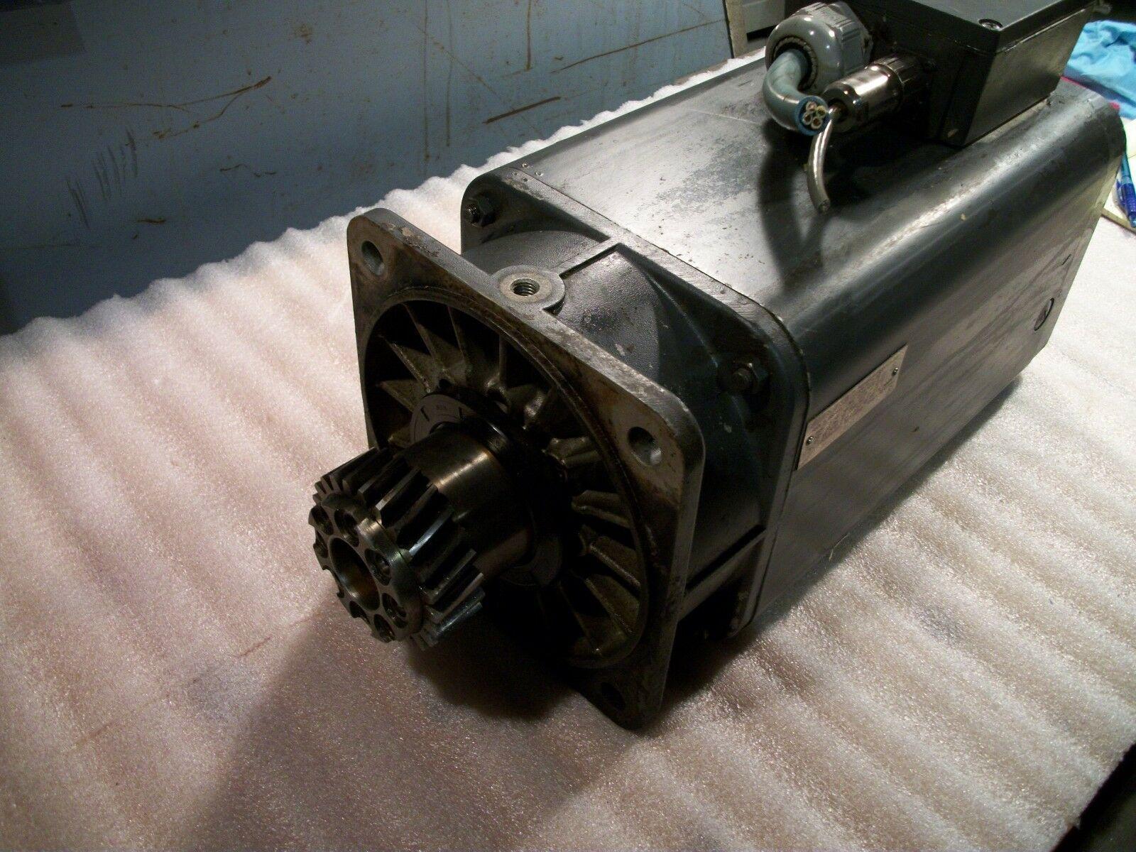 Siemens Servo Motor 1FT5104-0AC71-2