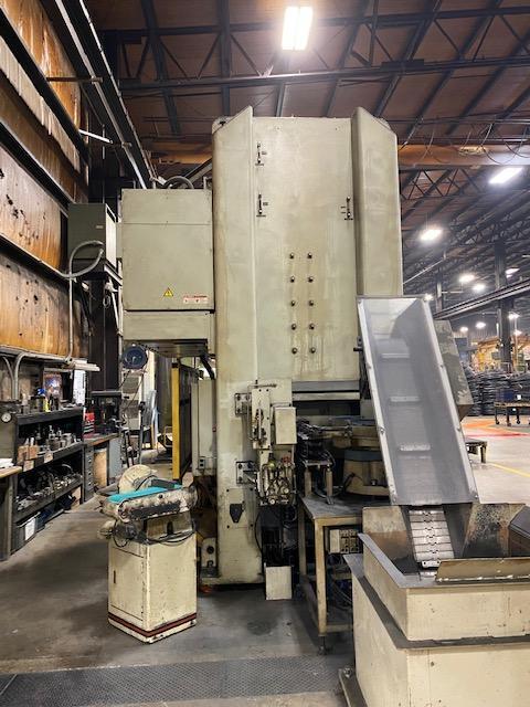 220 Ton Komatsu SSDC Servo Press