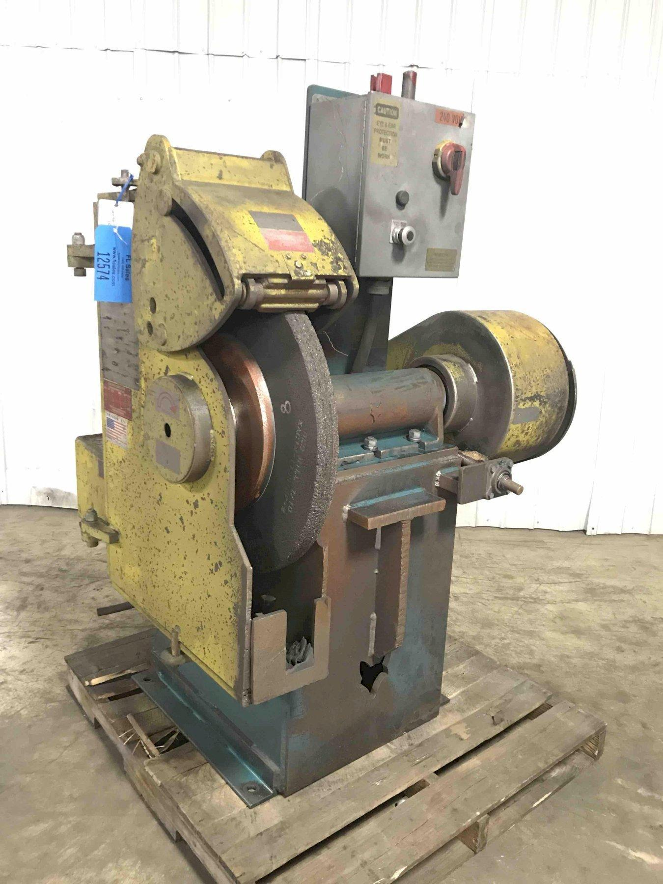 FOX Grinder Model F100013625, S/N 48007, 30