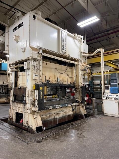 600 ton Minster E2-600-120-54 Hevi-Stamper Press, New 1992
