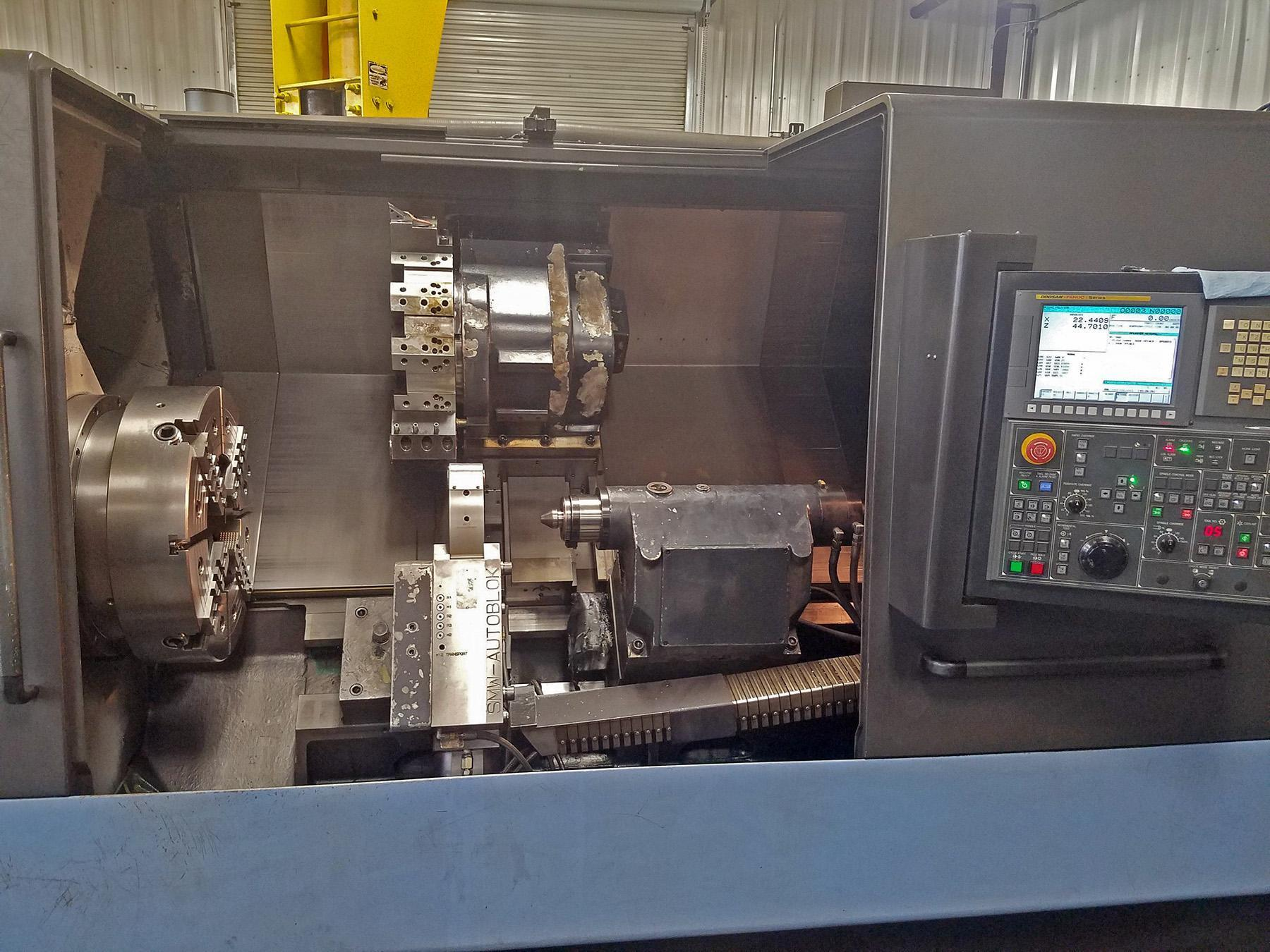 USED, 2012 DOOSAN PUMA 480L CNC LATHE