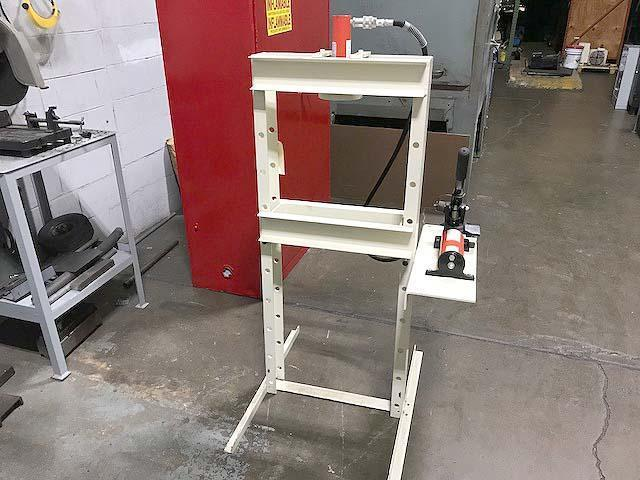 """10 Ton POWER TEAM H-Frame Press, Model HPH-101, 10 Tons, 7-1/4"""" x 22"""" Bed Area, 18-1/2"""" Between Uprights, 2-Speed Hydraulic Hand Pump, New!"""