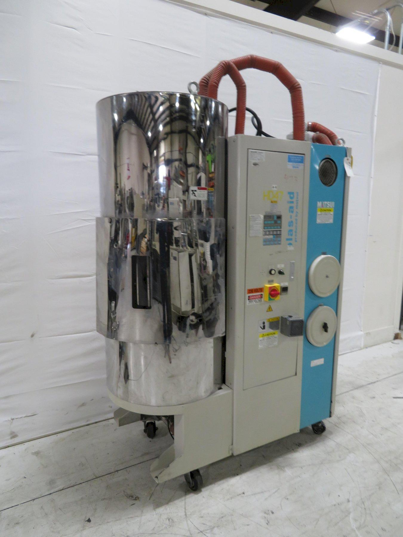Matsui MJ3-200-U Material Dryer with Hopper, Desiccant, Approx 200 lb/hr, 230V, Yr. 2010