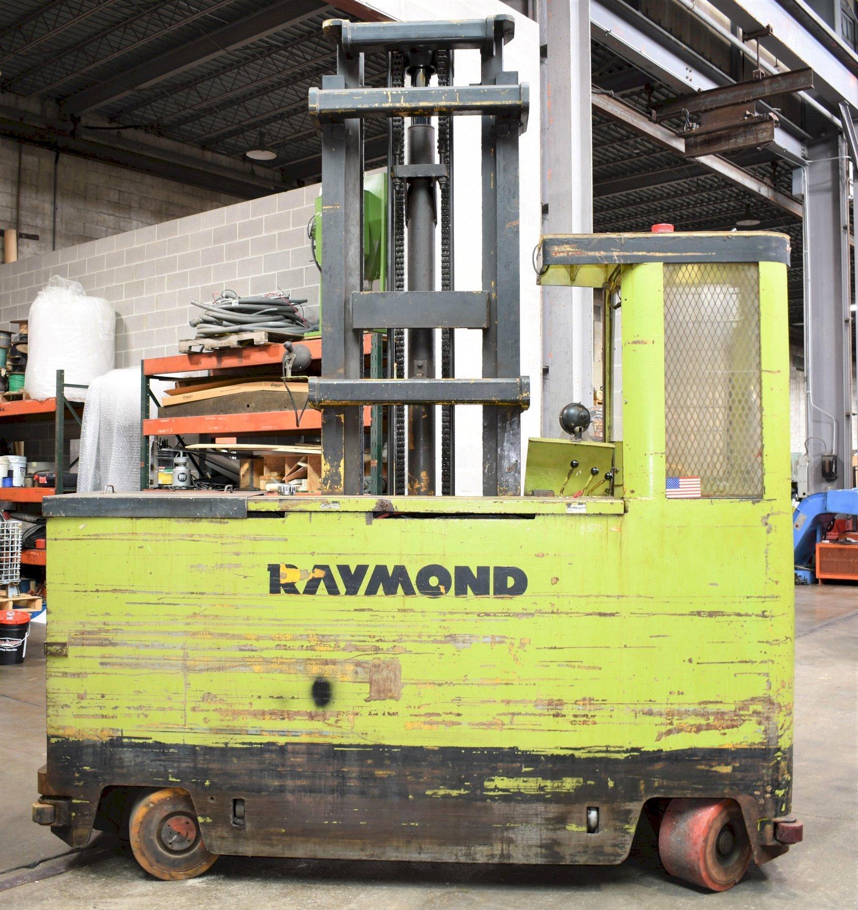"10,000lb Raymond Side Loading Forklift, model: 75-SL100TN, 2 Stage Mast, 240"" Max Lift Height, 37"" Forks, 36 V Battery."