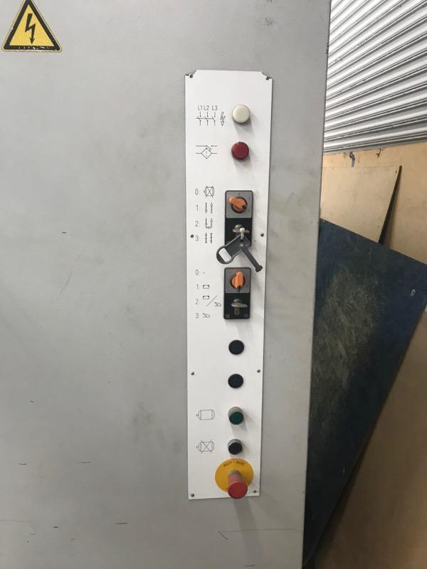 110 TON X 10' Bystronic Beyeler PR6 100 x 3100 CNC HYDRAULIC PRESS BRAKE.