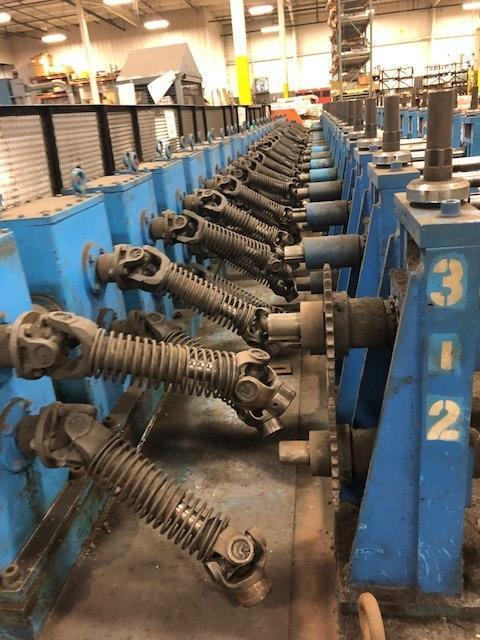 "24 Stand x 2"" x 18"" Dahlstrom Rafted U-Joint Drive Rollformer with 24 Additional Rafted Heads"
