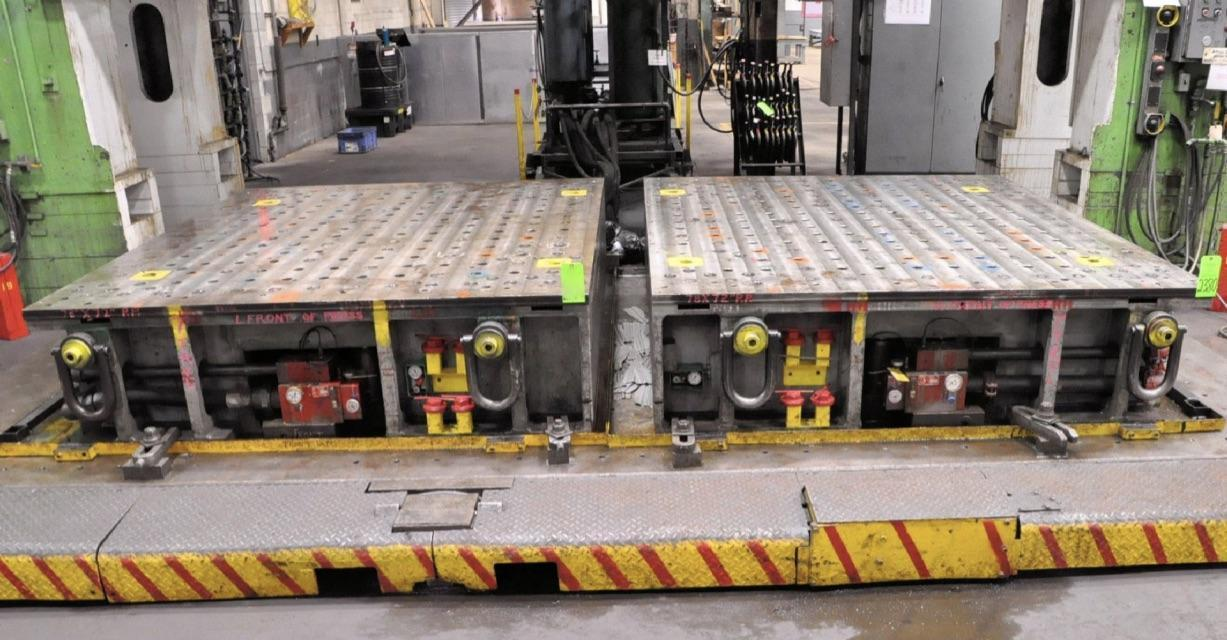 "83 3/4"" x 96 1/2"" Hydraulic Cushion Risers, Qty 2"