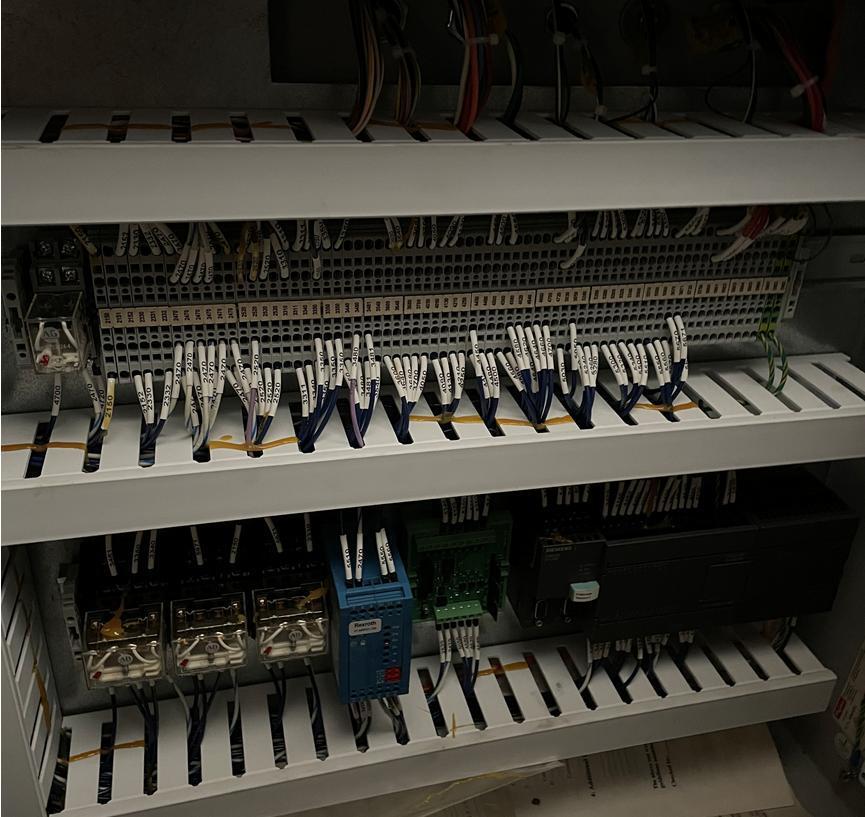 FLOW2008 Flow IFB 4800 Dynamic Waterjet Cutting System