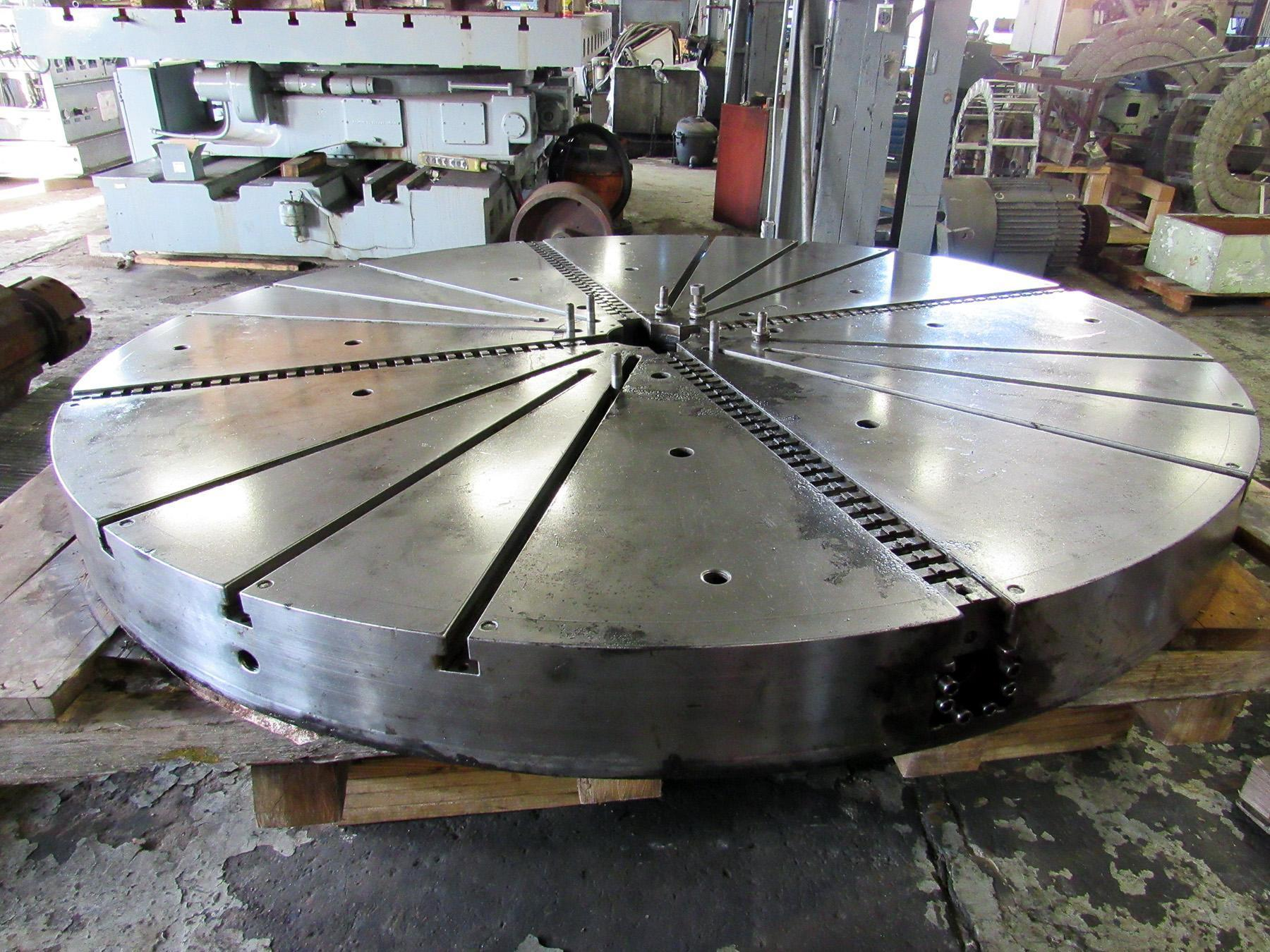 "USED, 98"" ROHM 4-JAW INDEPENDENT CHUCK FROM GIDDINGS & LEWIS (FIVES) VTC-2500"