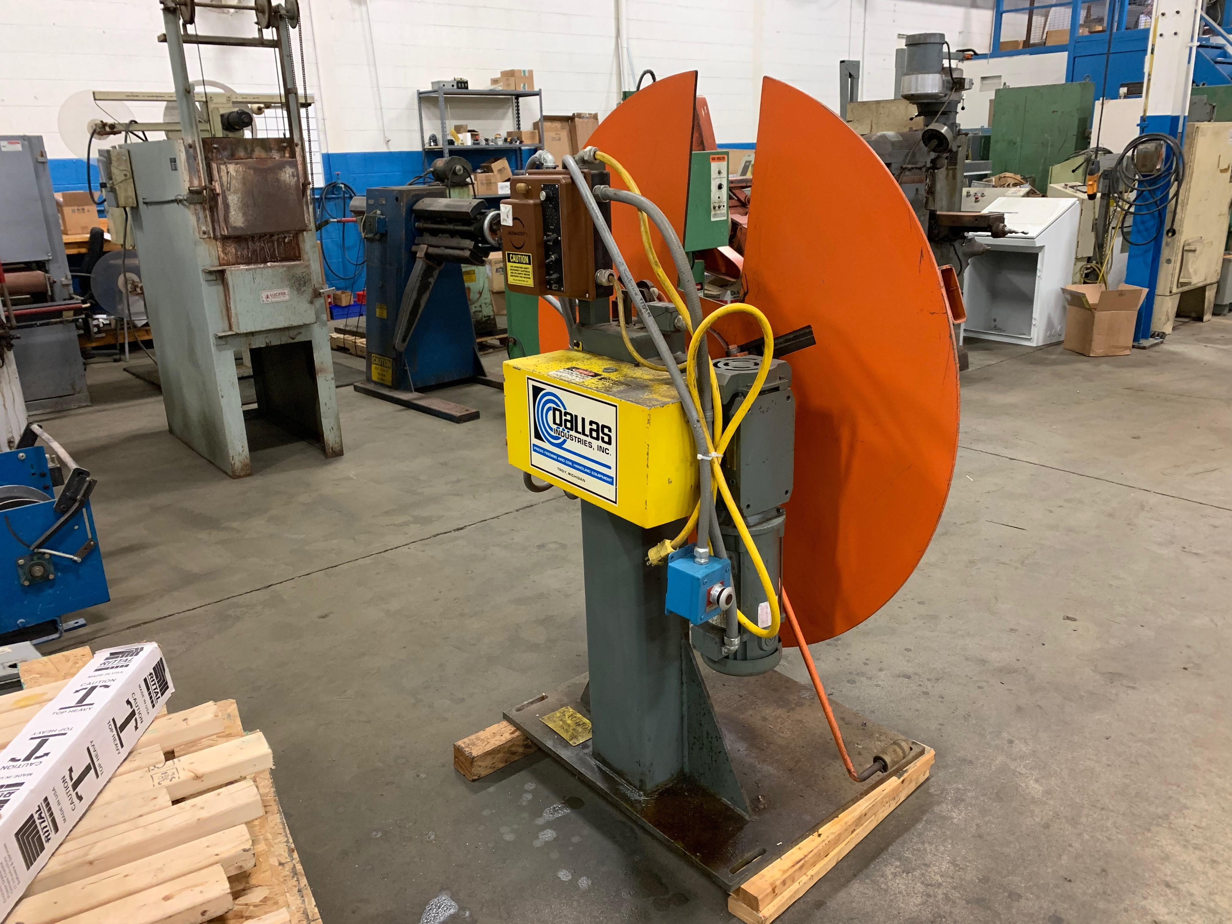 Dallas (Motorized) Centering Reel 1,500 Lbs x 12