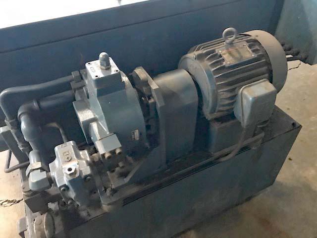 IL LIM PAPER FILTRATION SYSTEM, 100 Gallon 1200 PSI High Pressure Thru Spindle Coolant System, Paper Filter System, 5 HP High Pressure Pump.