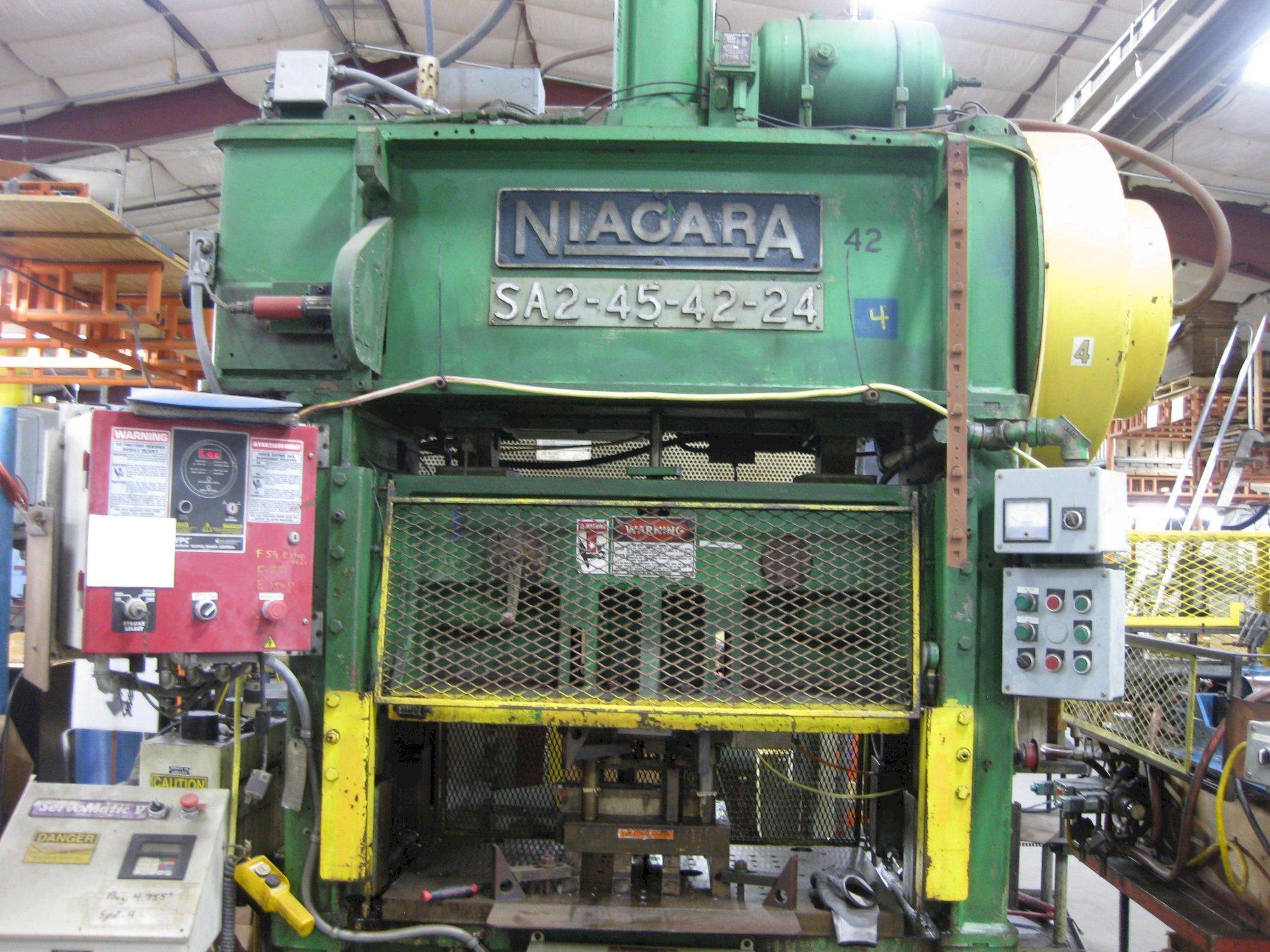 45 TON NIAGARA MODEL #SA2-45-42-24 SSDC PRESS: STOCK 15051